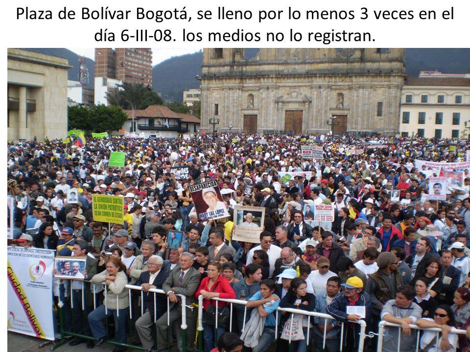 Plaza de Bolívar Bogotá, se lleno por lo menos 3 veces en el día 6-III-08.