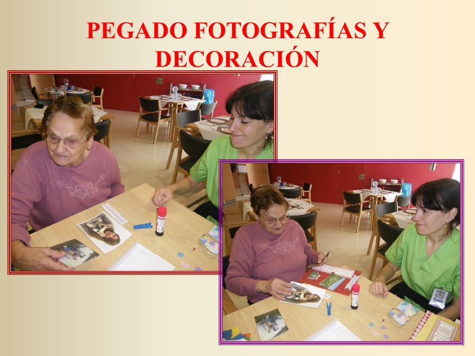 PEGADO FOTOGRAFÍAS Y DECORACIÓN
