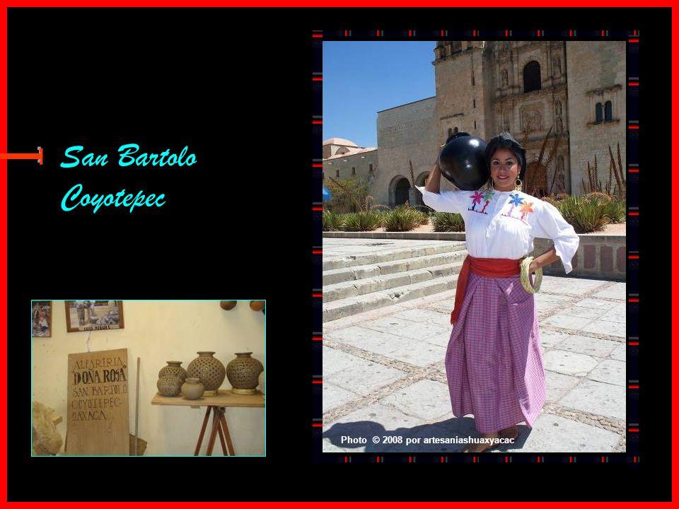 San Bartolo Coyotepec E Photo © 2008 por artesaniashuaxyacac