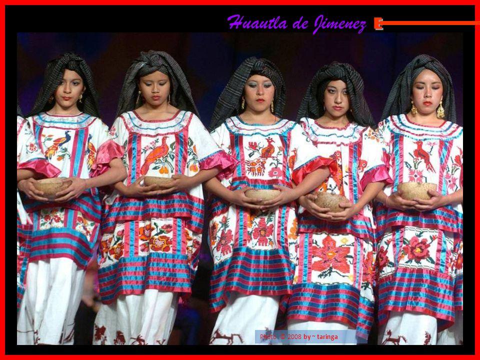 Huautla de Jimenez E Photo © 2008 by ~ taringa