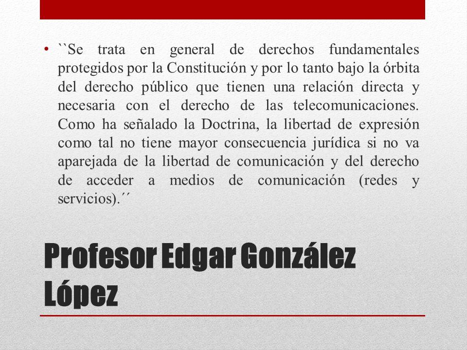 Profesor Edgar González López