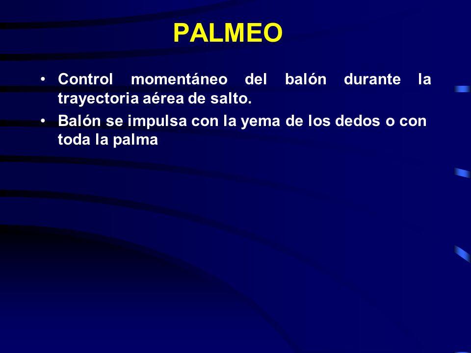 PALMEO Control momentáneo del balón durante la trayectoria aérea de salto.