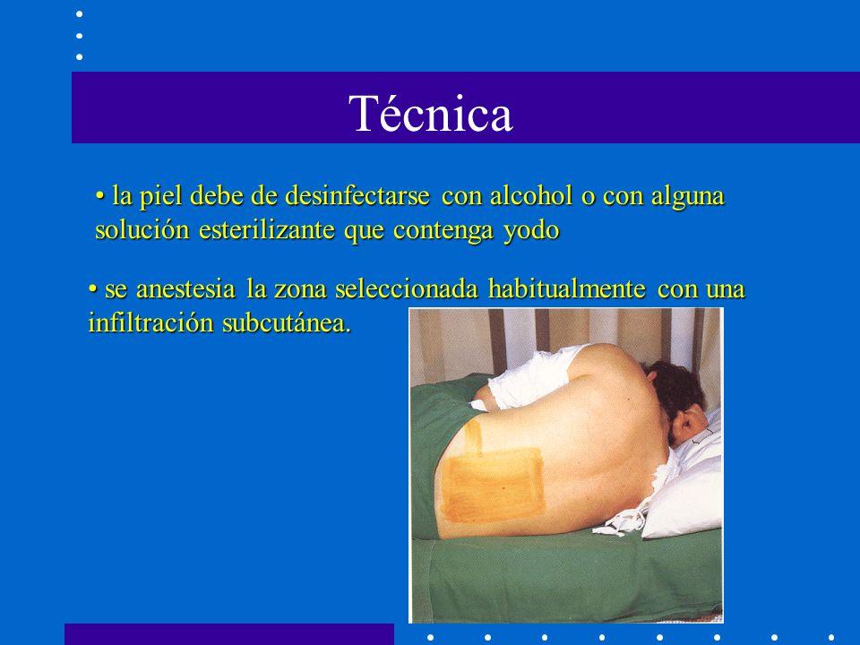 Técnica la piel debe de desinfectarse con alcohol o con alguna solución esterilizante que contenga yodo.