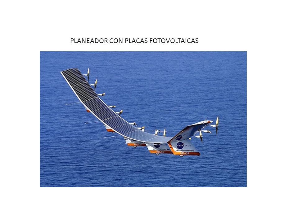 PLANEADOR CON PLACAS FOTOVOLTAICAS