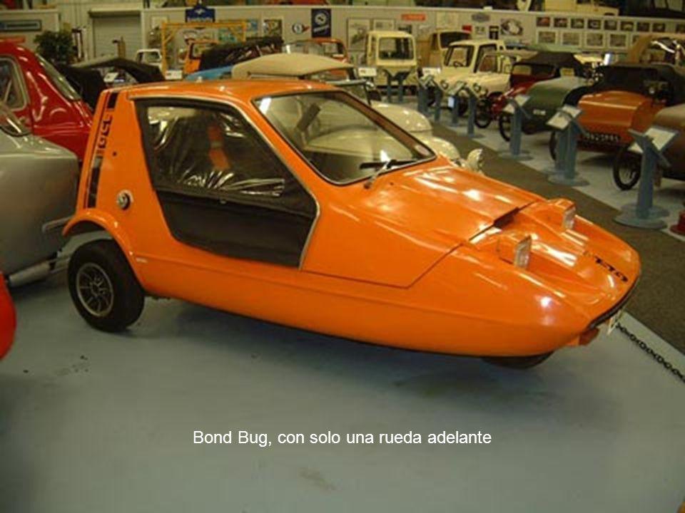 Bond Bug, con solo una rueda adelante