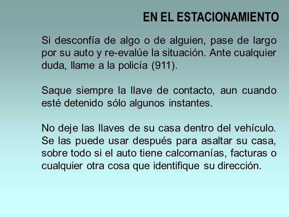 EN EL ESTACIONAMIENTO