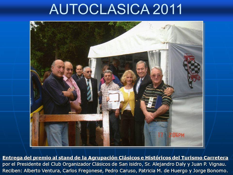 Entrega del premio al stand de la Agrupación Clásicos e Históricos del Turismo Carretera