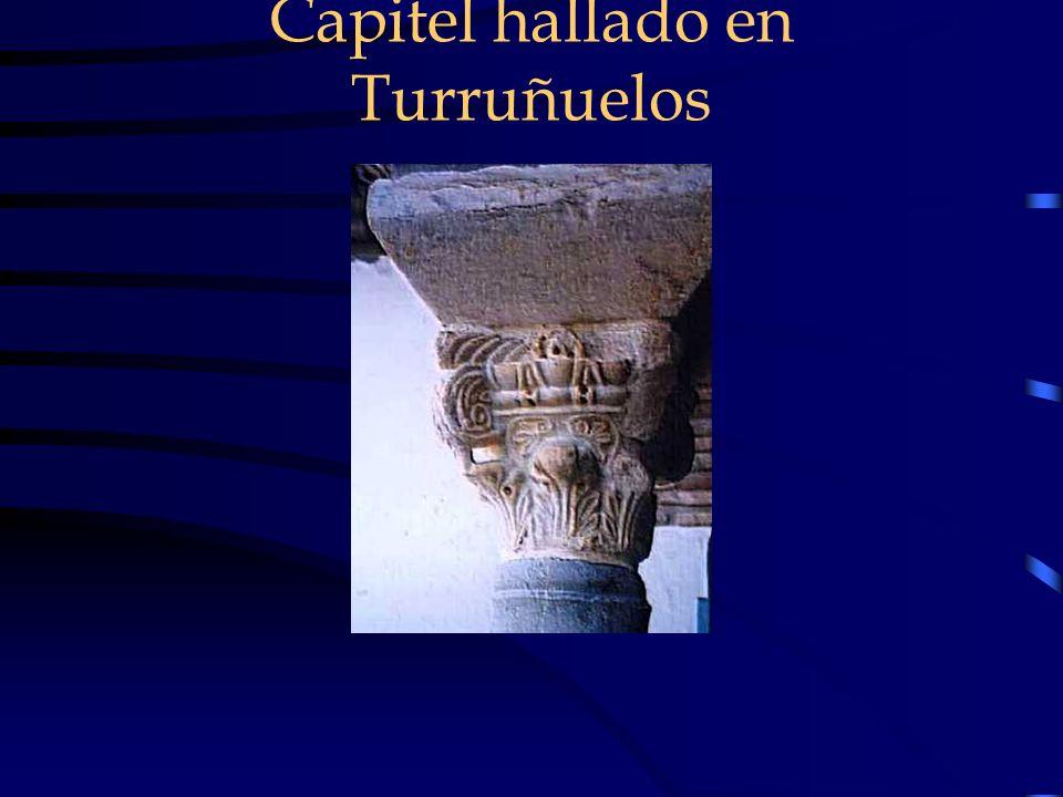 Capitel hallado en Turruñuelos