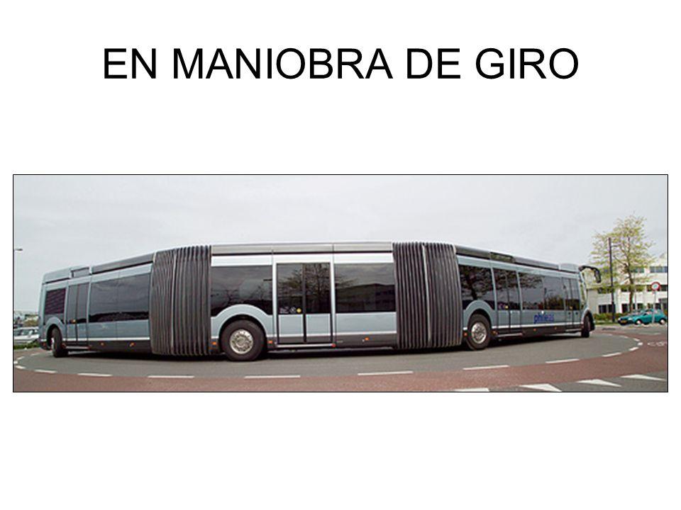 EN MANIOBRA DE GIRO