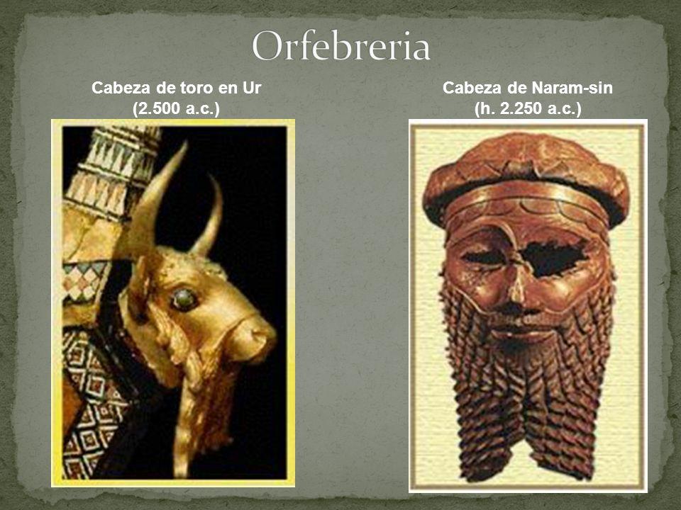 Cabeza de toro en Ur (2.500 a.c.) Cabeza de Naram-sin (h. 2.250 a.c.)