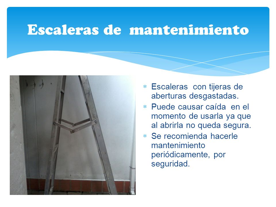 Escaleras de mantenimiento
