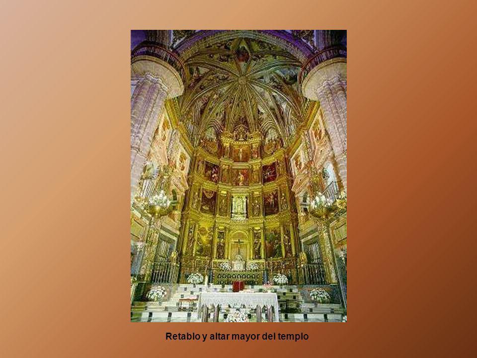 Retablo y altar mayor del templo
