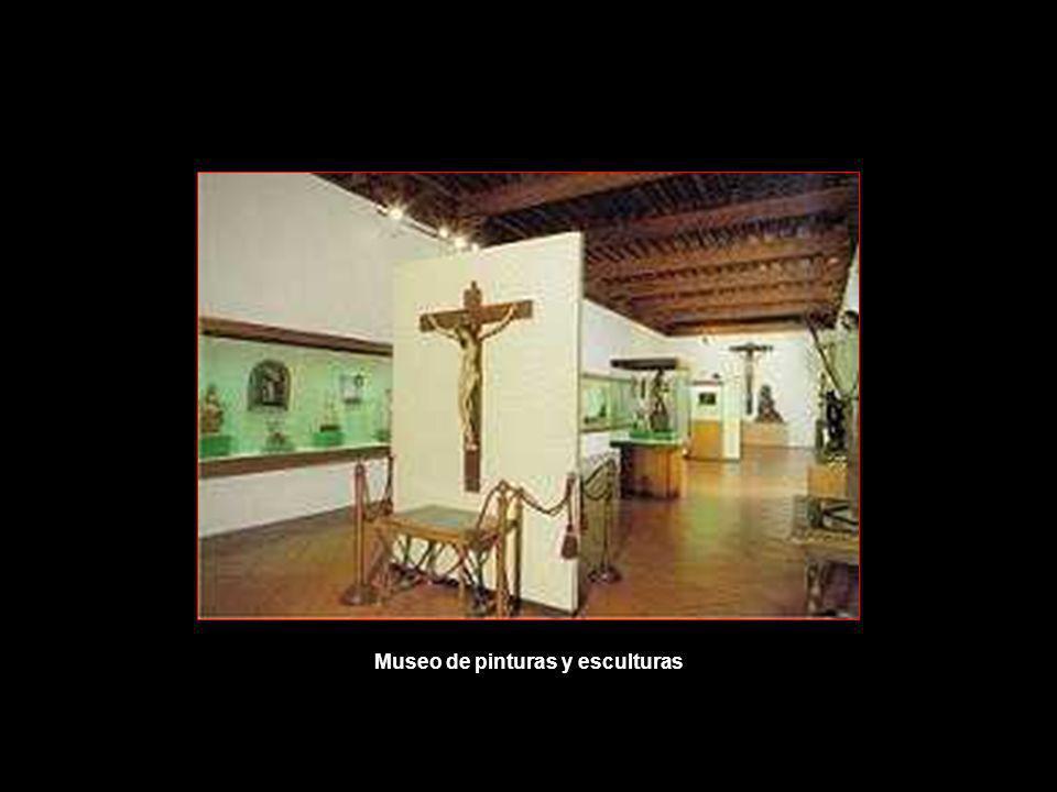 Museo de pinturas y esculturas