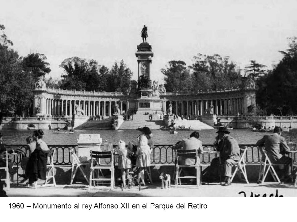 1960 – Monumento al rey Alfonso XII en el Parque del Retiro