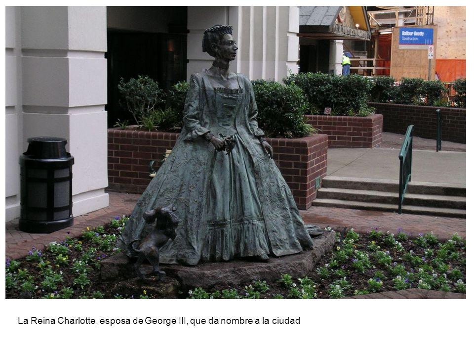 La Reina Charlotte, esposa de George III, que da nombre a la ciudad