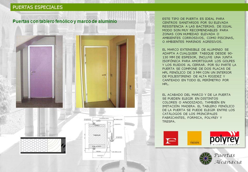 Puertas con tablero fenólico y marco de aluminio
