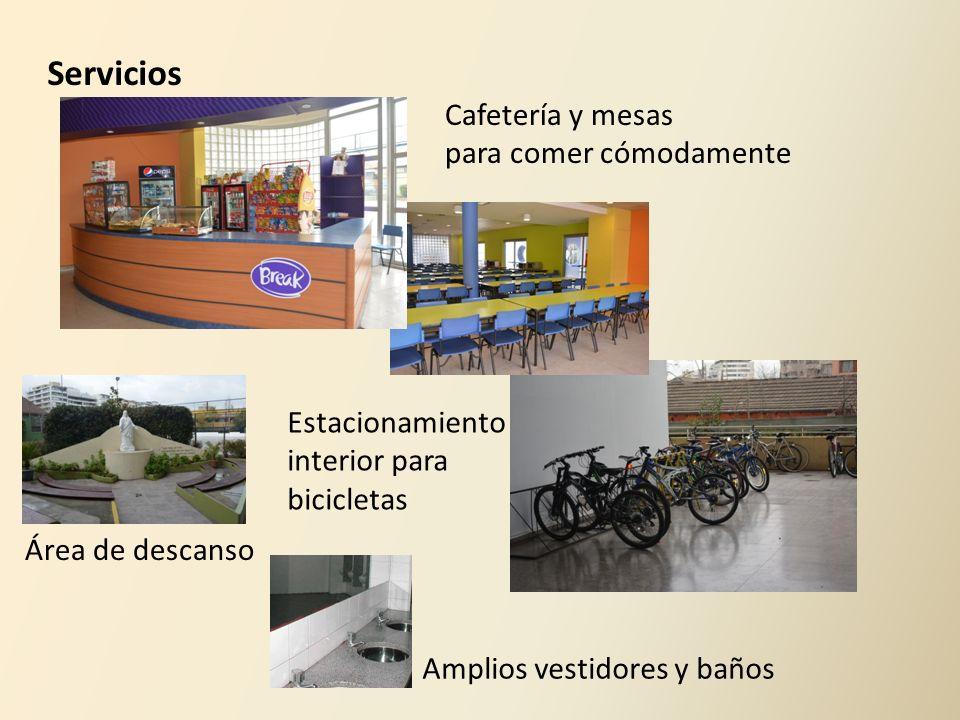 Servicios Cafetería y mesas para comer cómodamente