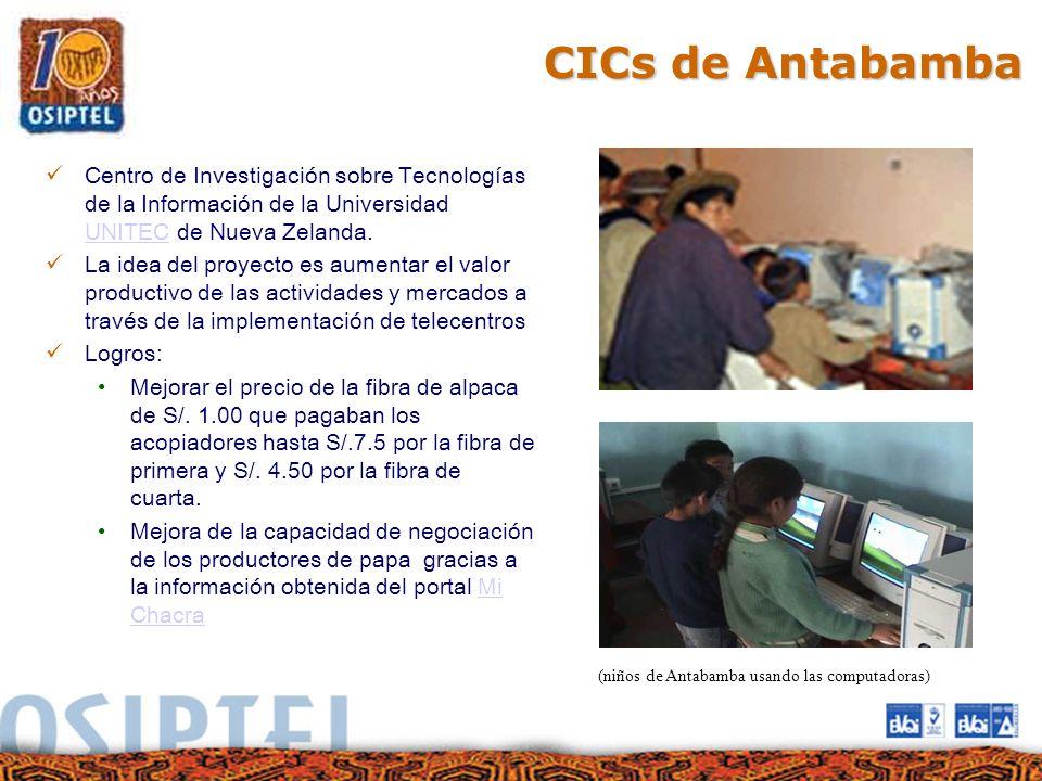 (niños de Antabamba usando las computadoras)