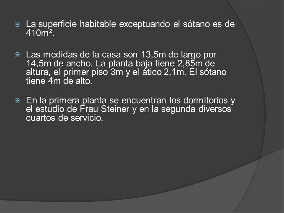 La superficie habitable exceptuando el sótano es de 410m².