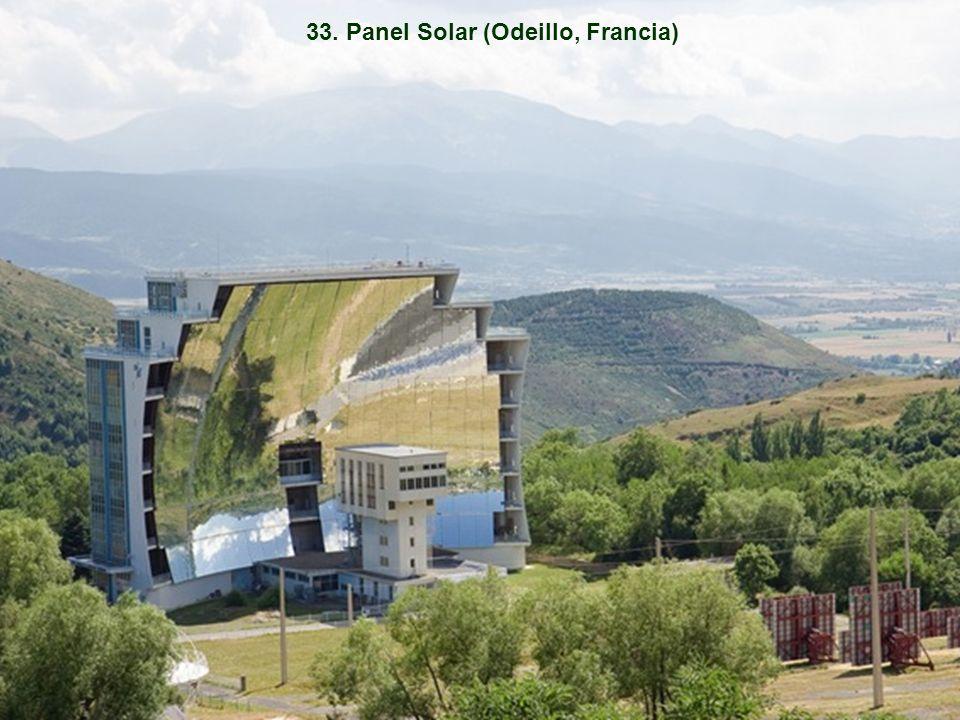 33. Panel Solar (Odeillo, Francia)