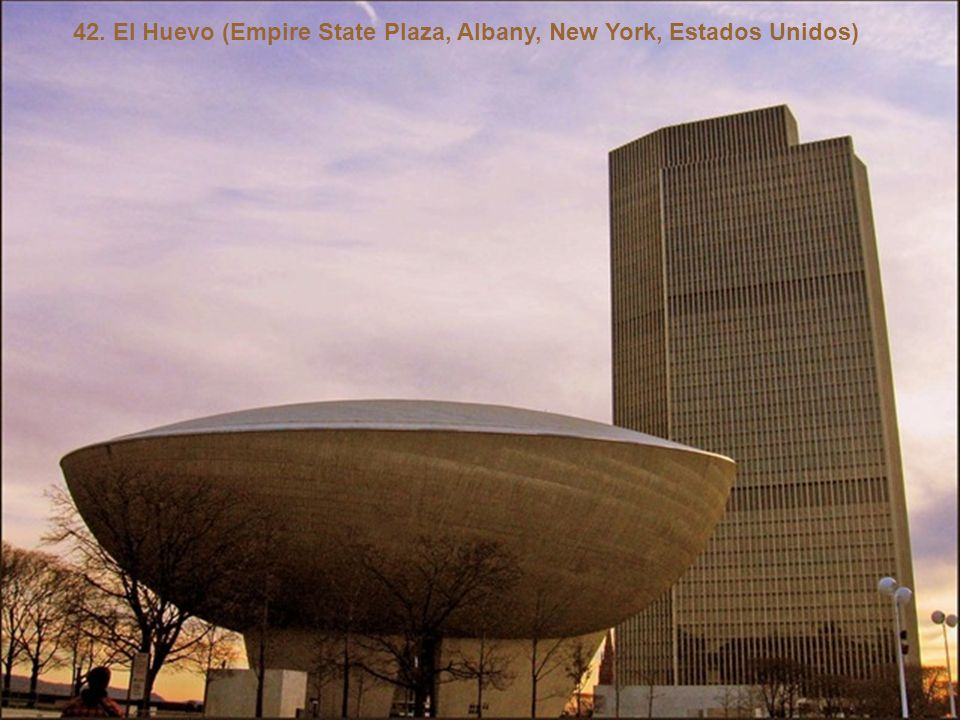 42. El Huevo (Empire State Plaza, Albany, New York, Estados Unidos)