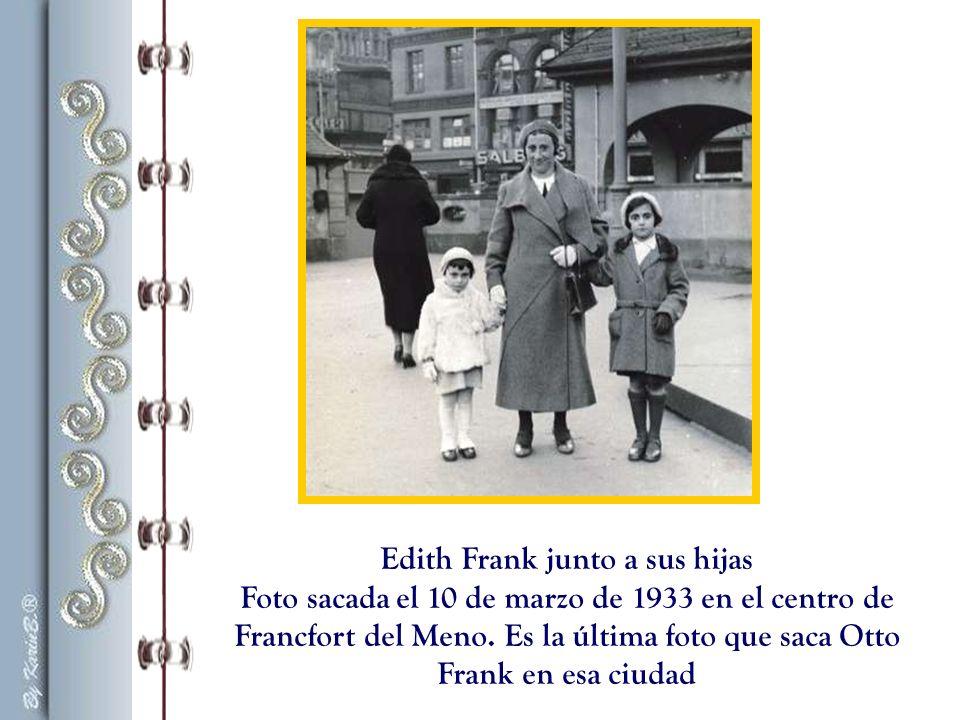 Edith Frank junto a sus hijas