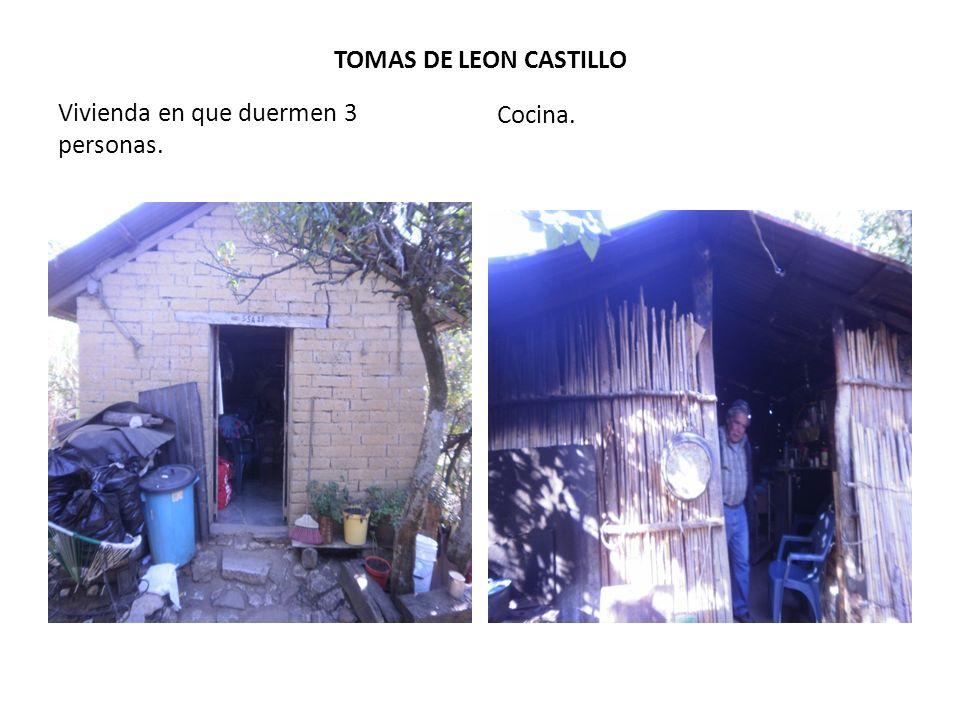TOMAS DE LEON CASTILLO Cocina. Vivienda en que duermen 3 personas.