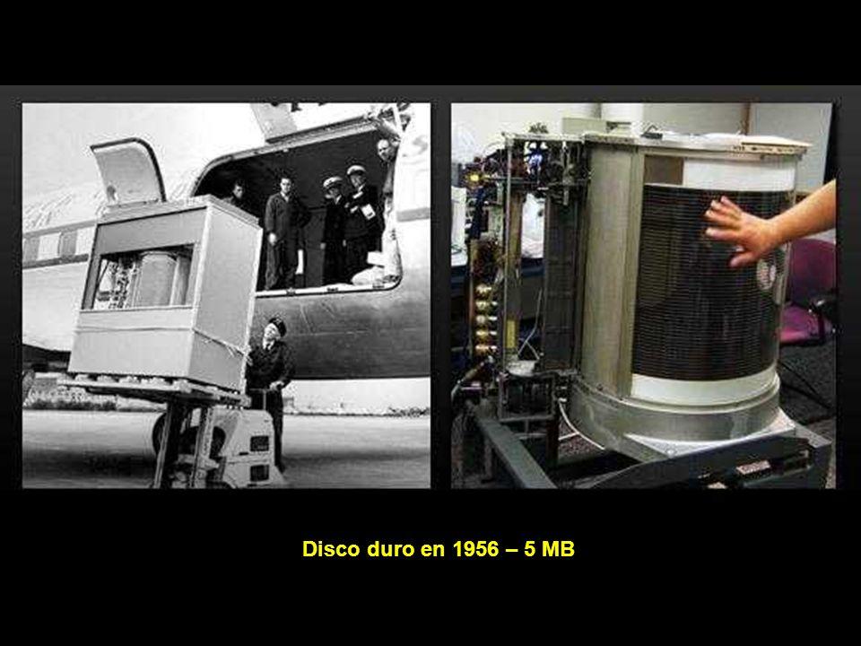 Disco duro en 1956 – 5 MB