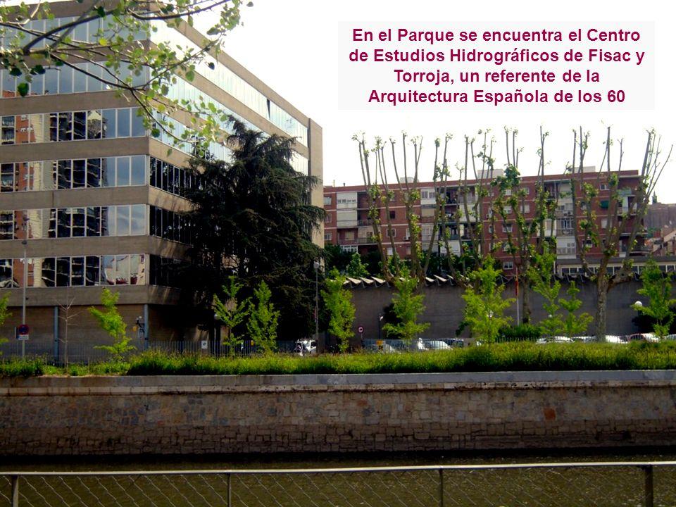 En el Parque se encuentra el Centro de Estudios Hidrográficos de Fisac y Torroja, un referente de la Arquitectura Española de los 60