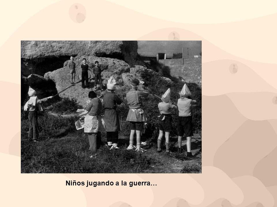 Niños jugando a la guerra…