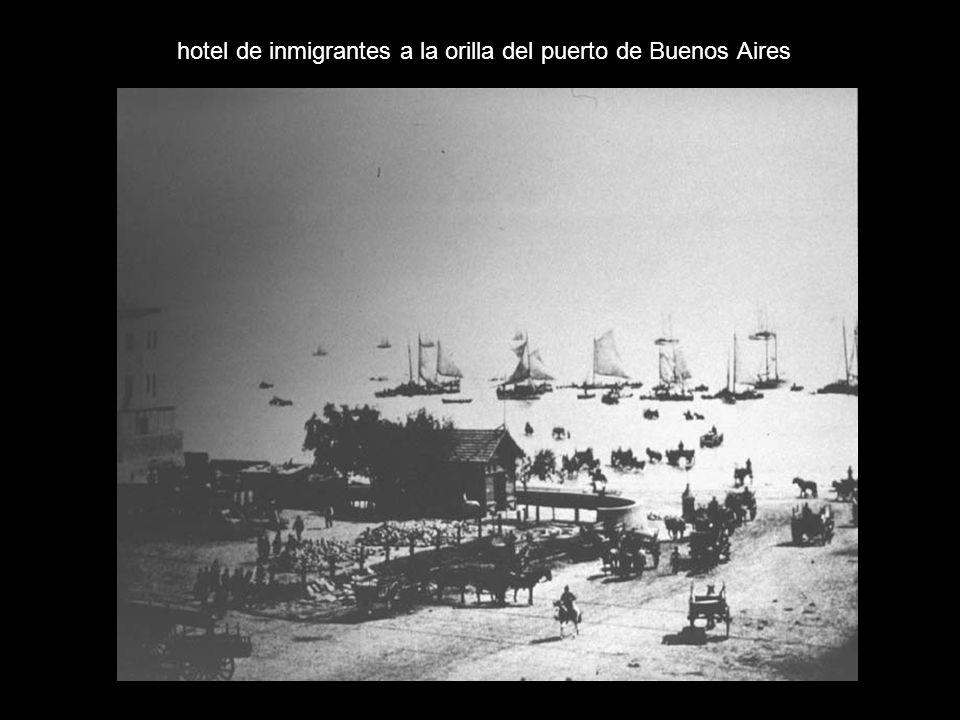 hotel de inmigrantes a la orilla del puerto de Buenos Aires