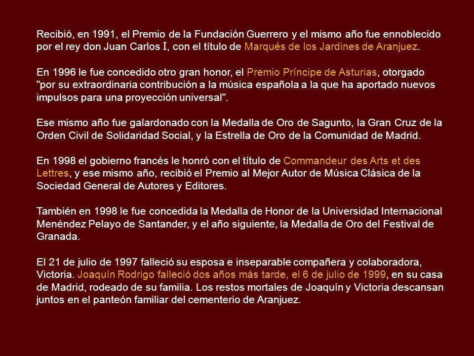 Recibió, en 1991, el Premio de la Fundación Guerrero y el mismo año fue ennoblecido por el rey don Juan Carlos I, con el título de Marqués de los Jardines de Aranjuez.