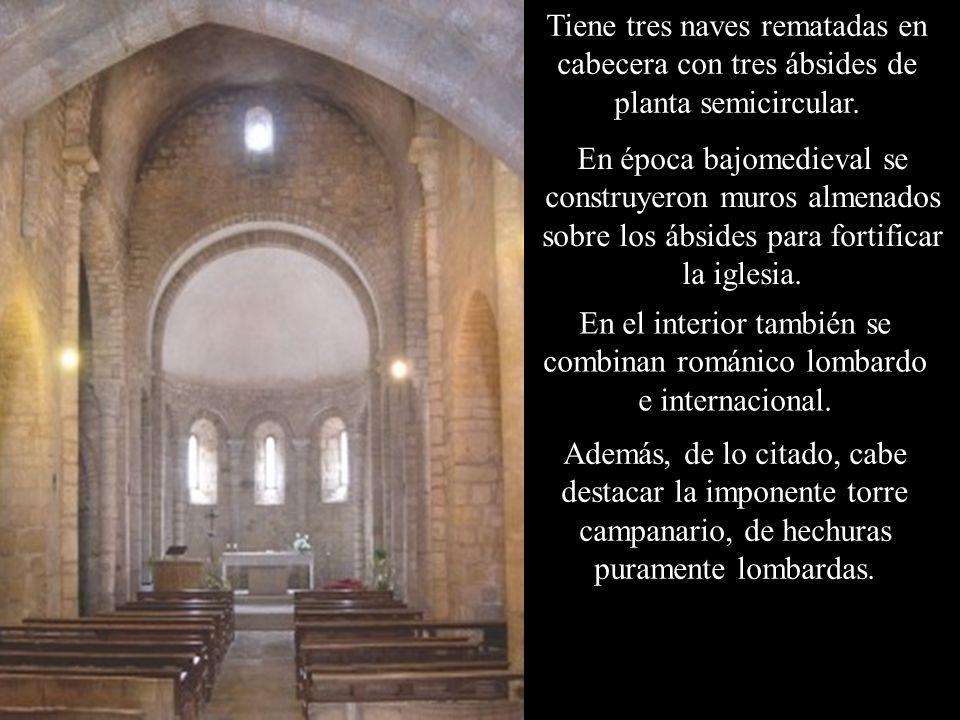 En el interior también se combinan románico lombardo e internacional.