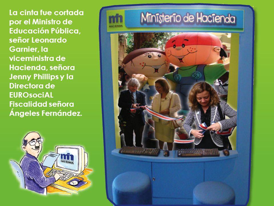 La cinta fue cortada por el Ministro de Educación Pública, señor Leonardo Garnier, la viceministra de Hacienda, señora Jenny Phillips y la Directora de EUROsociAL Fiscalidad señora Ángeles Fernández.