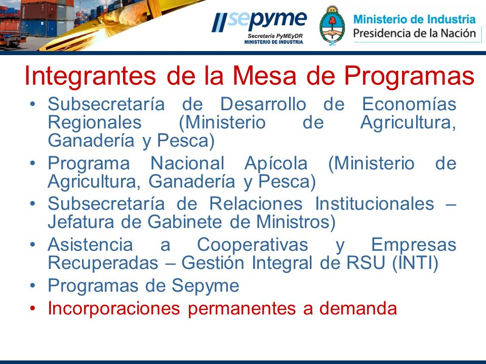 Integrantes de la Mesa de Programas