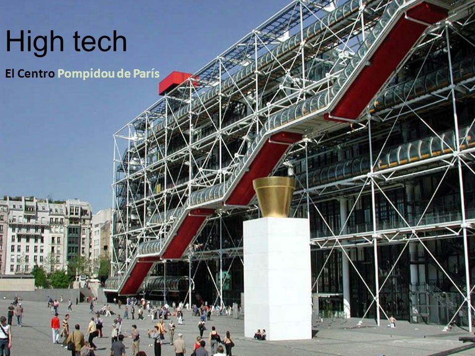 High tech El Centro Pompidou de París