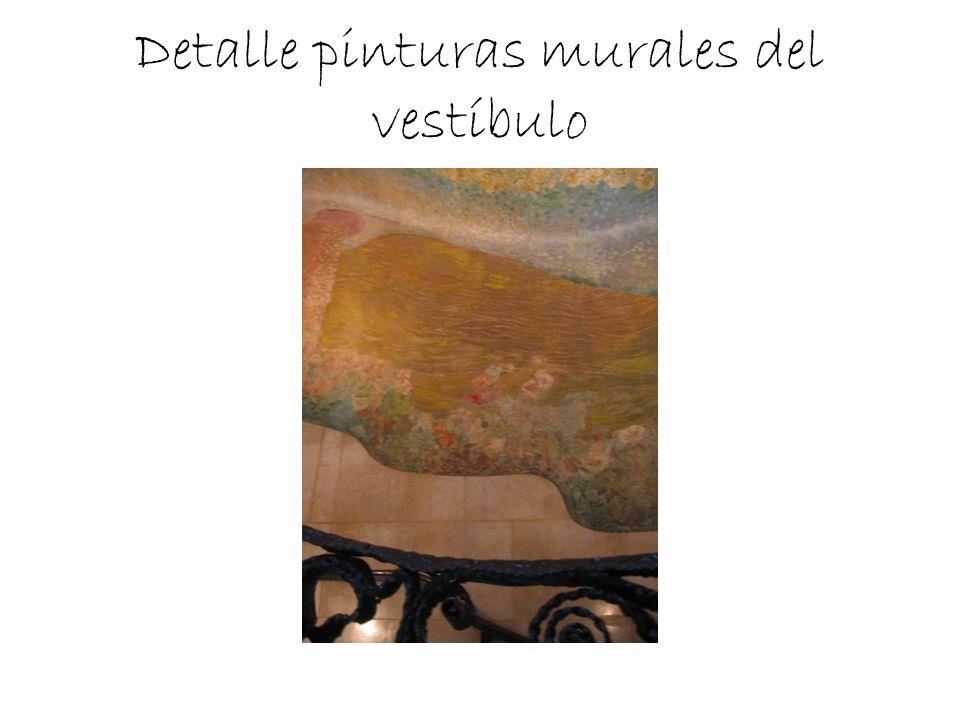 Detalle pinturas murales del vestíbulo