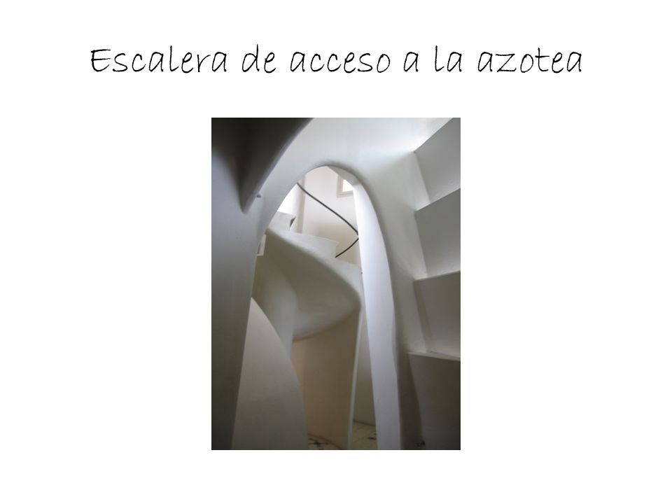 Escalera de acceso a la azotea