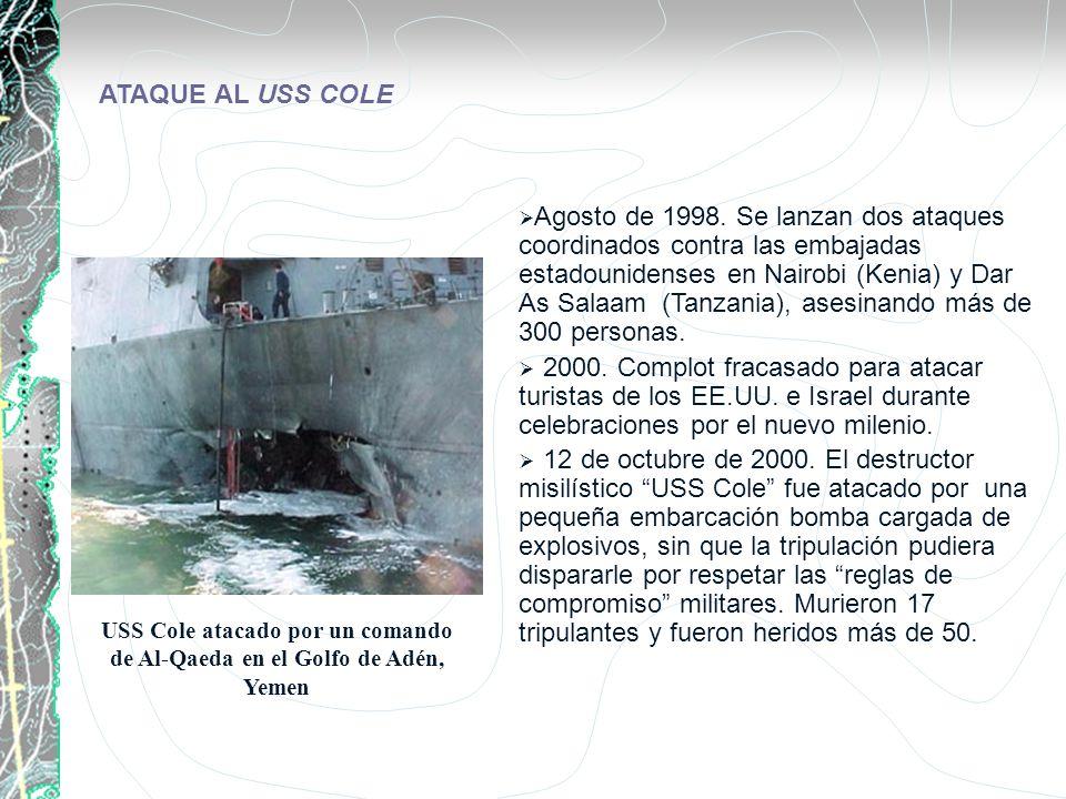USS Cole atacado por un comando de Al-Qaeda en el Golfo de Adén, Yemen