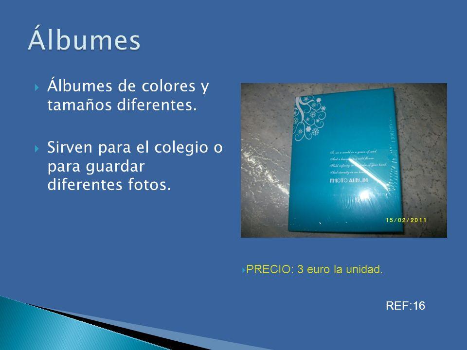 Álbumes Álbumes de colores y tamaños diferentes.
