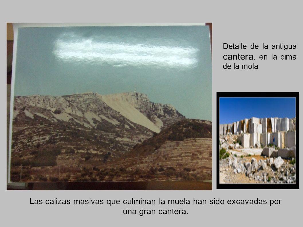 Detalle de la antigua cantera, en la cima de la mola