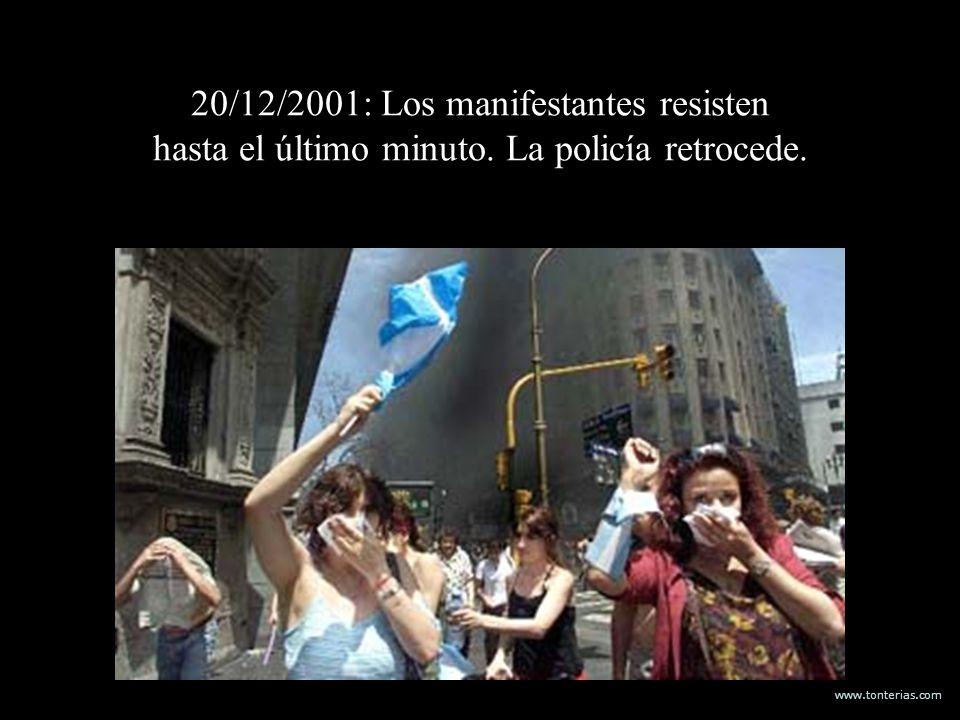 20/12/2001: Los manifestantes resisten hasta el último minuto