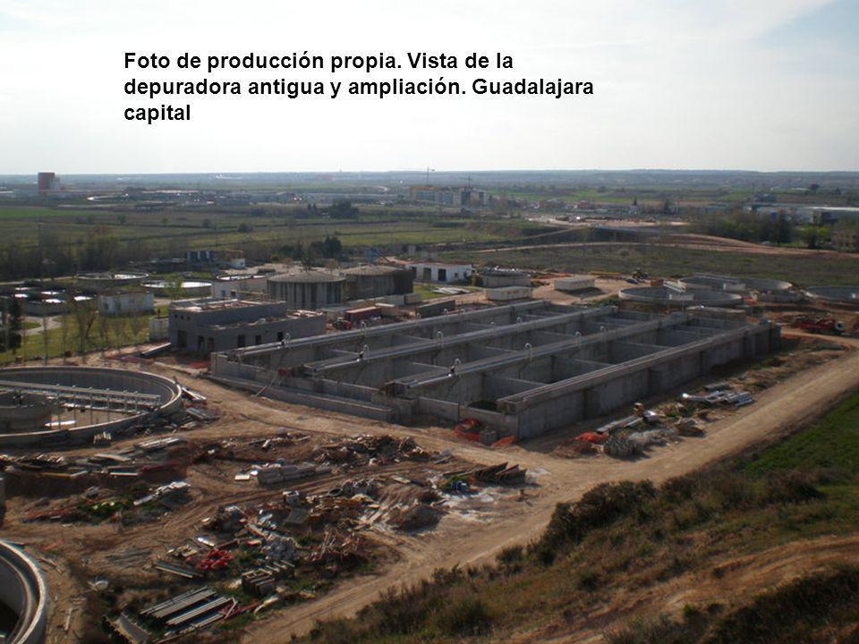 Foto de producción propia. Vista de la depuradora antigua y ampliación