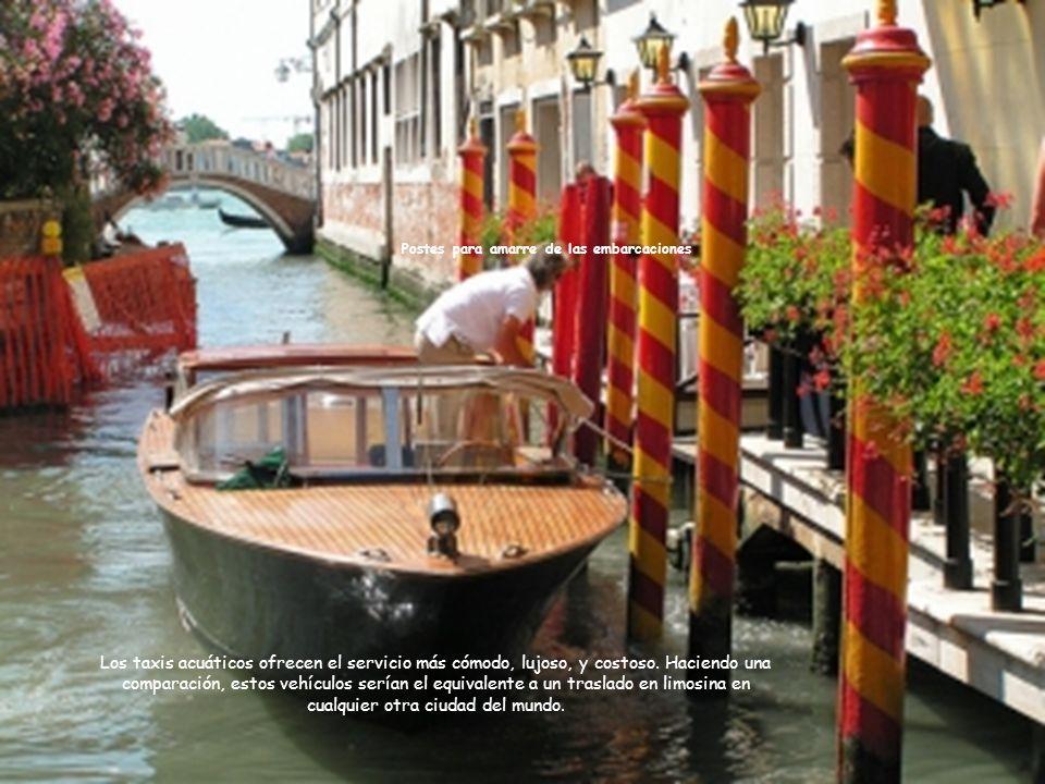 Postes para amarre de las embarcaciones