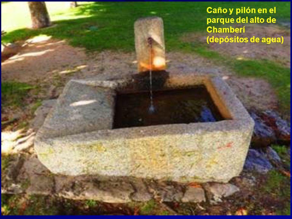Caño y pilón en el parque del alto de Chamberí (depósitos de agua)