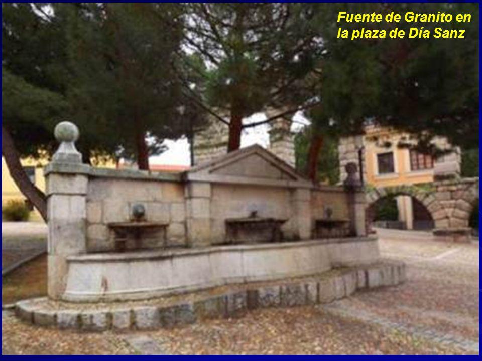 Fuente de Granito en la plaza de Día Sanz