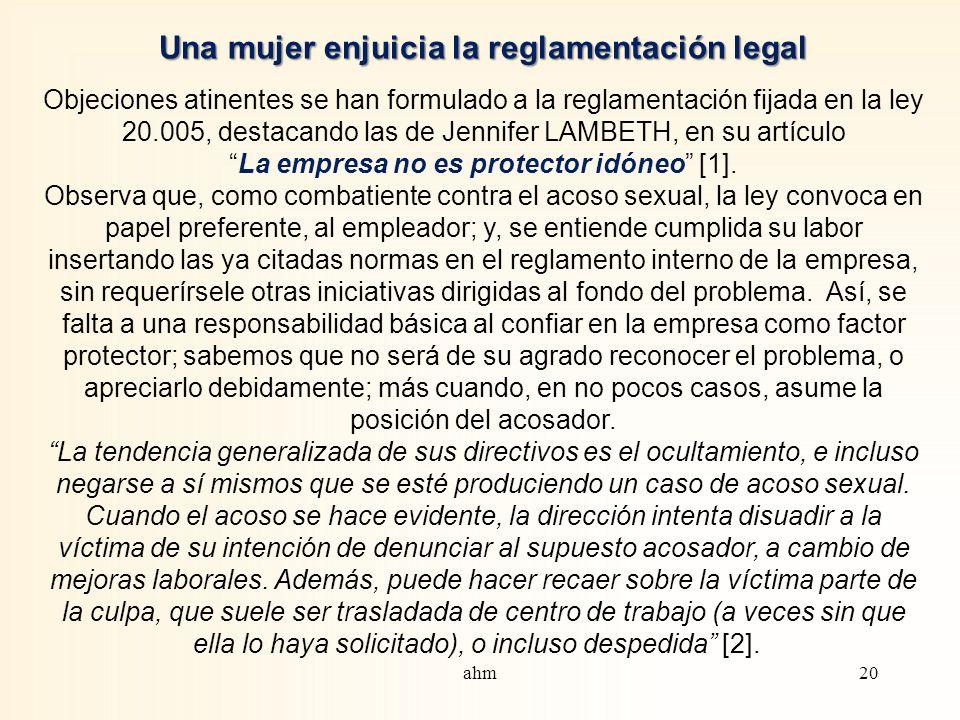 Una mujer enjuicia la reglamentación legal