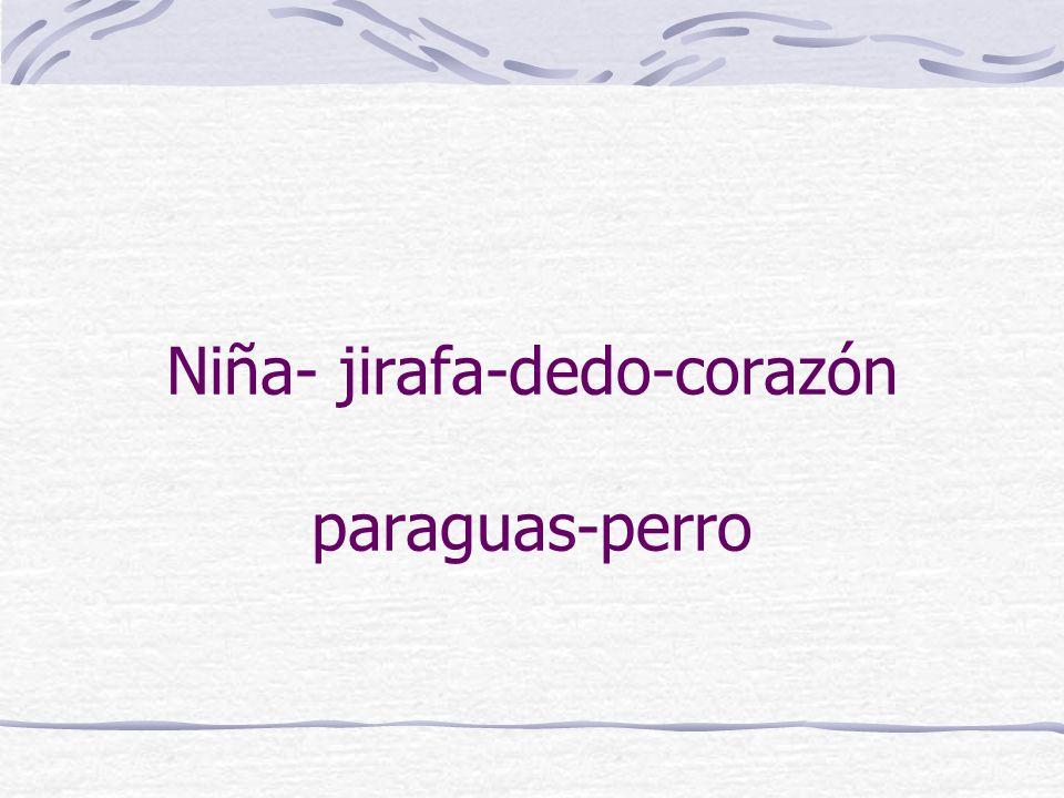 Niña- jirafa-dedo-corazón paraguas-perro
