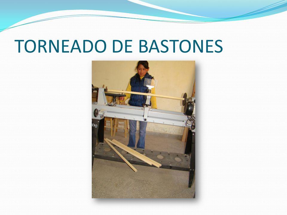 TORNEADO DE BASTONES