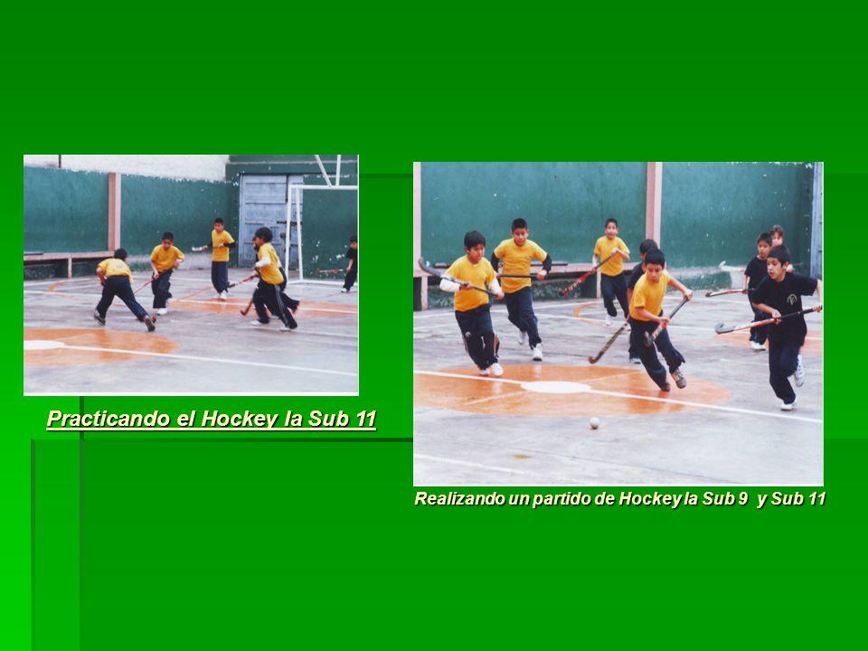 Practicando el Hockey la Sub 11